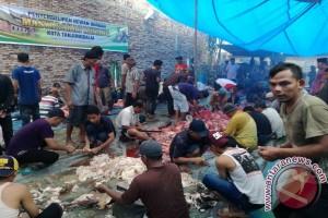 BM3 Tanjungbalai Salurkan 600 Bungkus Daging Kurban