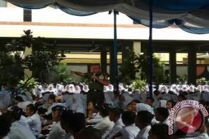 Pangkostrad Motivasi Mahasiswa Institut Kesehatan Medan