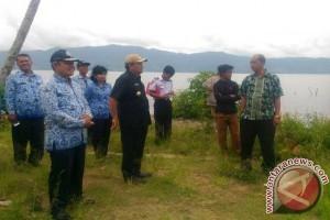 Bupati Samosir Tinjau Dermaga Pelabuhan Feri