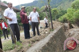 Bupati Samosir Tinjau Pembangunan Jaringan Irigasi