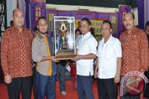 Kecamatan Pandan Juara Umum Pesparawi Tapteng 2017