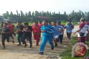 Polsek Perdagangan Latih Fisik Ratusan Pelajar